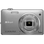 尼康 S5200 数码相机 银色(1602万像素 3英寸液晶屏 6倍光学变焦 26mm广角)