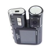 雅美达 行车记录仪AI1000D双摄像头同步 高清摄像 双画面超广角视野 重力感应 单机+16G卡