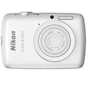 尼康 S01 数码相机 白色(1014万像素 2.5英寸触摸屏 3倍光学变焦)