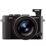 索尼 RX1 数码相机套装(2430万像素 3英寸屏 F2大光圈 全画幅)