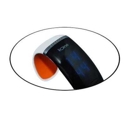 ione JD-Z1 智能手环 健康手环手镯 可穿戴智能蓝牙手表 手机平板通用 炫酷腕表 白橙SWA003产品图片4