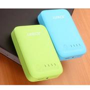 乔威 乔威 JP23移动电源10400毫安 手机平板通用型 大容量便携式充电宝 绿色