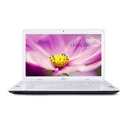 富士通 LIFEBOOK AH544 15.6英寸笔记本(i5-4200M/4G/750G/GT720M/DOS/白色)