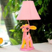 生活演绎 卡通超萌布艺动物小鹿小台灯创意卧室儿童床头小夜灯结婚生日礼物 粉色