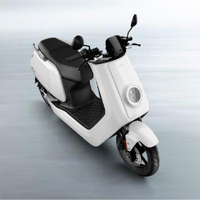 小牛 电动N1 智能电动踏板车 白 动力版产品图片2