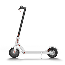 小米 【小米】电动滑板车 成人/学生 迷你 便携 折叠双轮休闲代步车 白色产品图片主图